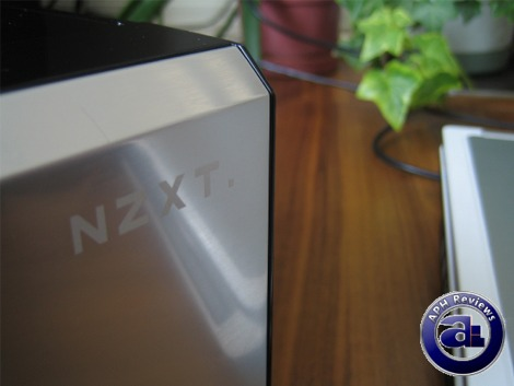 http://aphnetworks.com/review/nzxt_duet/010.JPG